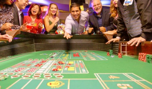 Learn How to Play Casino Craps – The Hardway Bets
